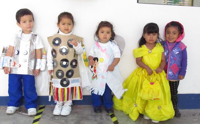 Vestimenta de reciclaje para niños de primaria - Imagui